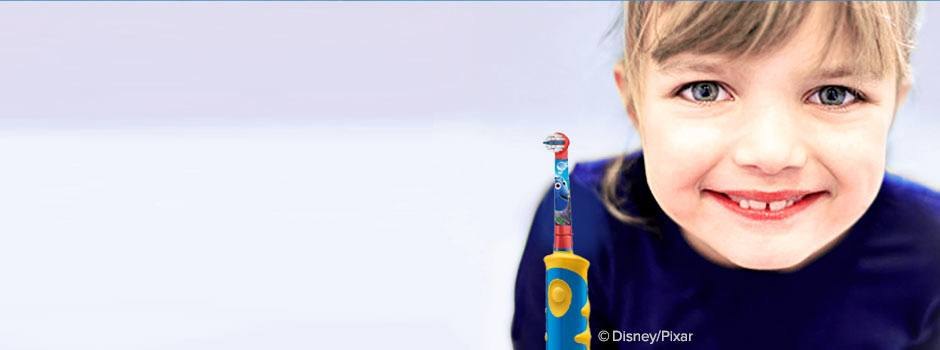 Benefits Of An Electric Toothbrush For Your Kids Oral Health