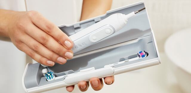 How to use a rechargeable electric toothbrush