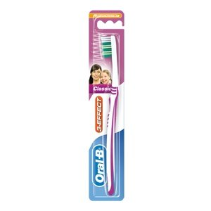 Oral-B 3 Effect Classic toothbrush