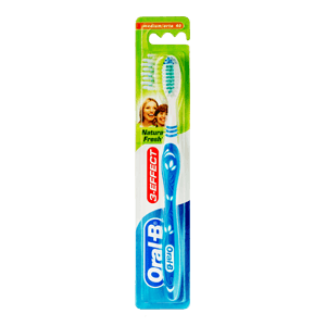 Oral-B 3 Effect Natural Fresh toothbrush