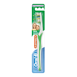 Oral-B 3 Effect Maxi Clean toothbrush
