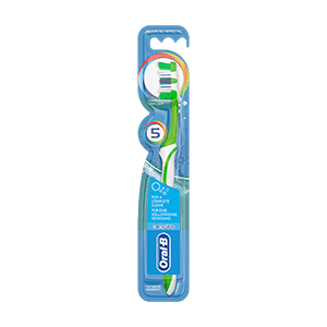 Oral-B Advantage Complete 5 Way Clean Manuel Diş Fırçası